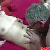 horny-amateur-gets-her-pussy-eaten_01