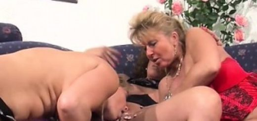 experienced-wife-helping-out-a-new-couple_01-1